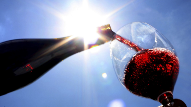 Article image for Ninety-nine cent bottle of wine leads experts to call for a wine tax overhaul