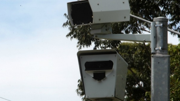 Article image for Investigation promised over 'dodgy' Peninsula Link point-to-point cameras