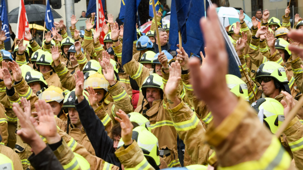 Article image for UFU calls on Labor to repay firefighters for helping the party win the election