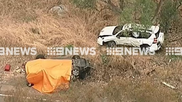 Article image for A woman has been killed and eight people injured in a head-on crash near Bendigo