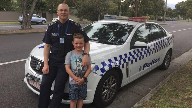 Article image for Victoria Police surprise young cancer sufferer for Christmas