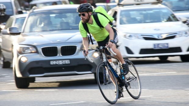 Article image for Cyclists recording cars' overtaking distance with black boxes