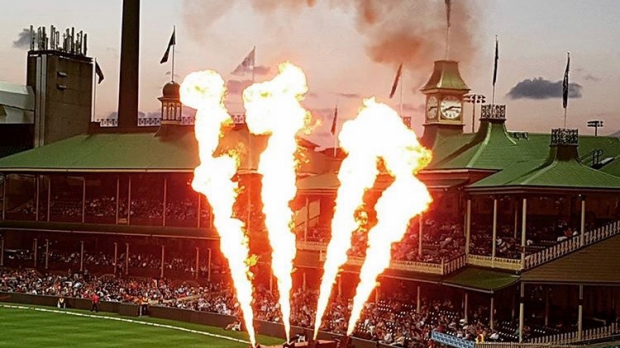 Article image for KFC BBL06: Sydney Sixers v Hobart Hurricanes at SCG