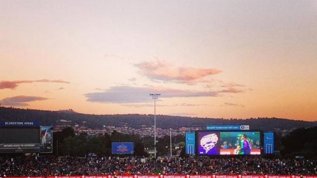 Article image for KFC BBL06: Hobart Hurricanes v Melbourne Stars
