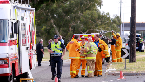 Article image for Carrum Downs family devastated after their car was ransacked during a bushfire