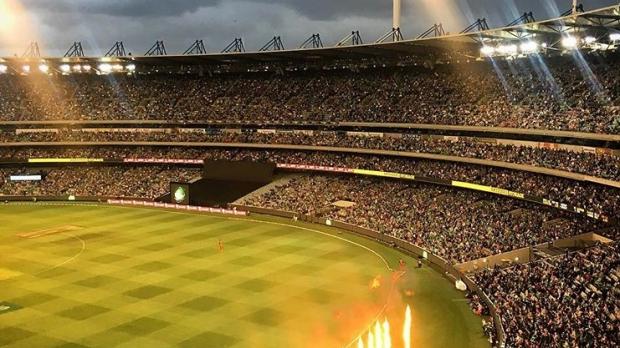 Article image for BLOG: KFC BBL06: Melbourne Stars v Melbourne Renegades