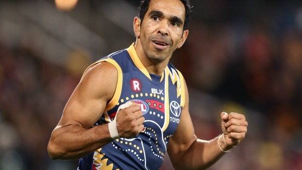 Article image for Eddie Betts signs three-year contract extension, says Curtly Hampton has impressed over the summer
