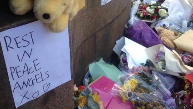 Article image for Neil Mitchell speaks with man who tried to save 10-year-old girl killed in Bourke Street tragedy