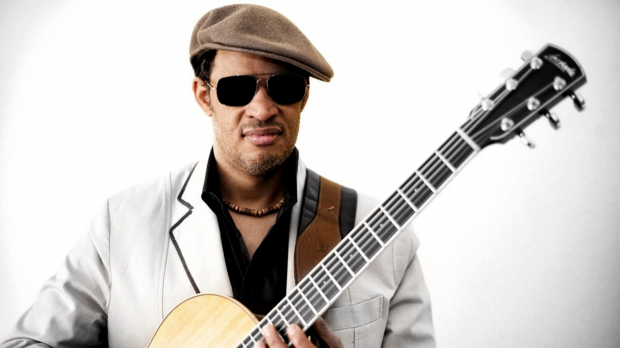 Article image for Raul Midon performs live in-studio