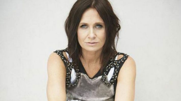 Article image for Kasey Chambers chats to Denis about her album