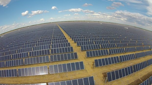 Article image for Construction on the Gannawarra Solar Farm in Victoria expected to start in May
