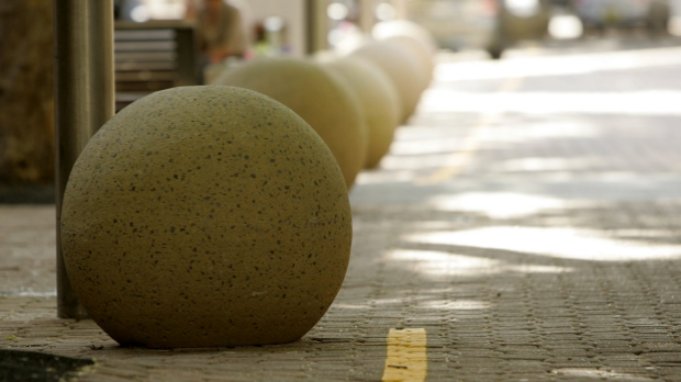 Article image for Decision regarding the installation of bollards in the CBD expected in three weeks