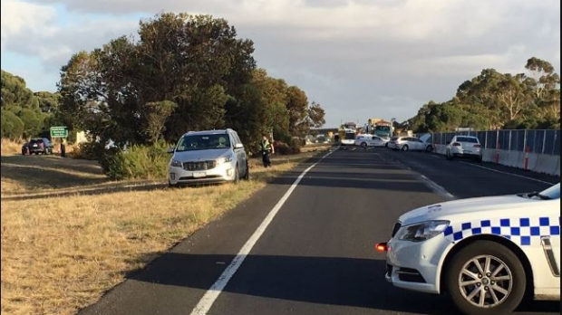 Article image for Serious crash closes lanes on the Calder Freeway
