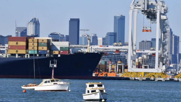 Article image for Hundreds woken by malfunctioning alarm from ship on Port Phillip