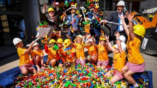 Article image for RUMOUR CONFIRMED: LEGOLAND Chadstone bans adults without kids from 'discovery centre'