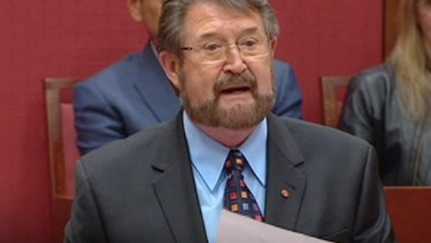 Article image for Derryn Hinch admits he's rethinking his stance towards Sunday penalty rates