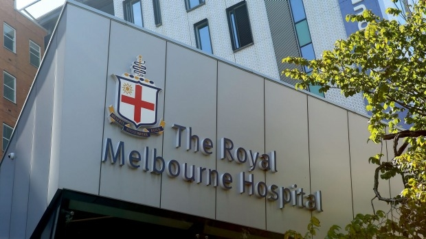 Article image for Staff at the Royal Melbourne Hospital have been left traumatised after a man allegedly held a nurse hostage