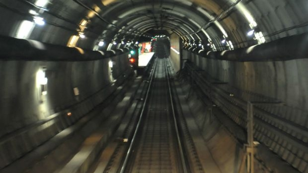 Article image for Train stuck in city loop, service stopped for 90 minutes
