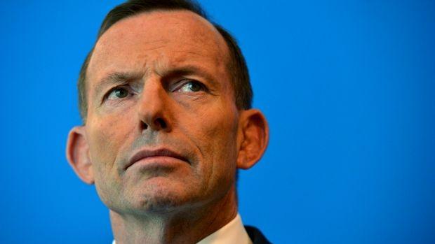 Article image for Tony Abbott a 'terrific' bloke, victim of double standards, says Greg Sheridan