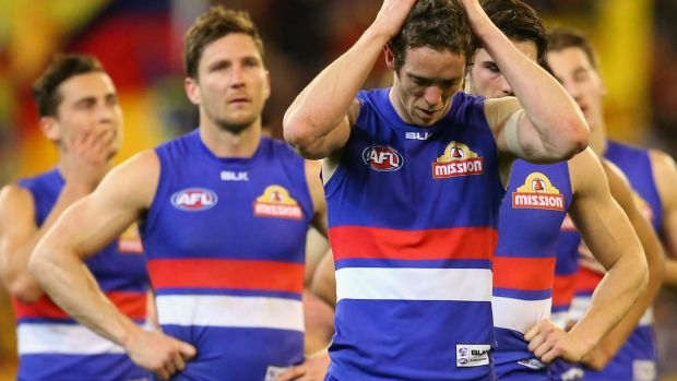 Article image for Western Bulldogs ask AFL to investigate alleged leaking of information to Adelaide Crows before elimination final