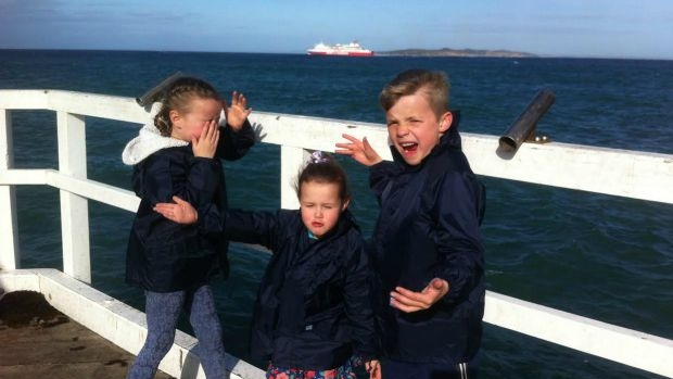 Article image for Grateful dad recounts daughter's rescue off Point Lonsdale pier