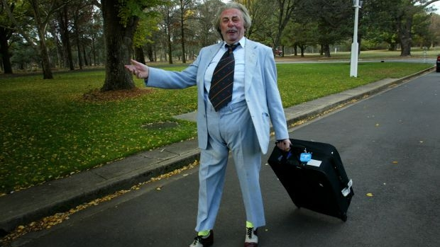 Article image for 'It's good to talk to old 3AW': Sir Les Patterson on 3AW Drive