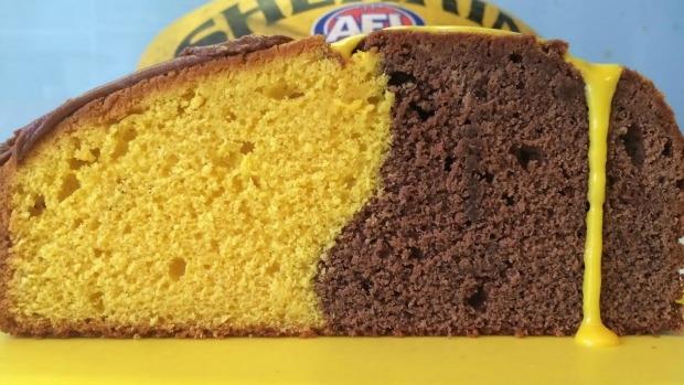 Article image for Flip Shelton's Hawthorn inspired cake