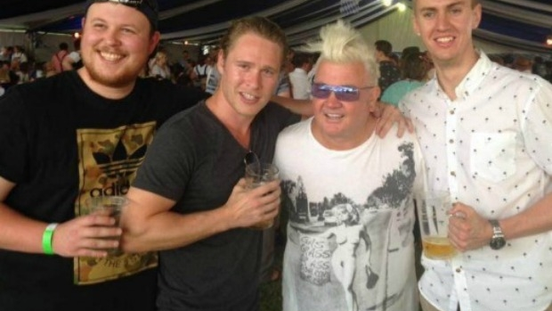 Article image for T-shirt outrage: Geelong mayor Darryn Lyons sorry for faux pas
