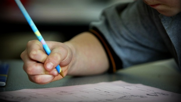 Article image for Sharp increase in Victorian kids being home schooled, Tom Elliott questions why
