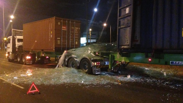 Article image for Glass shatters across Geelong Rd, West Footscray