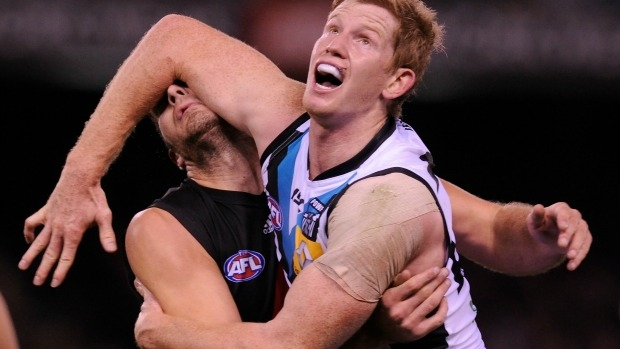 Article image for Matthew Lobbe was 'very, very close' to joining Western Bulldogs, says Sam McClure