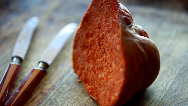 Article image for Tom Elliott takes aim at report linking bacon and salami with cancer