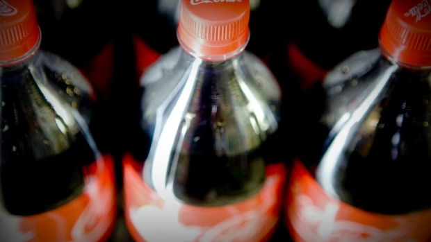 Article image for Push to ban soft drinks at YMCA pools a 'nanny state' move, says Tom Elliott