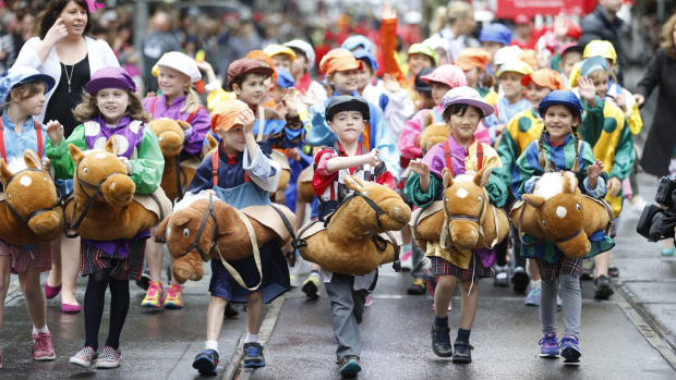 Article image for Showers expected for Melbourne Cup parade
