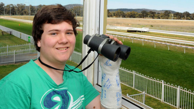 Article image for Phantom Call: Teenage caller Travis Noonan calls the Melbourne Cup