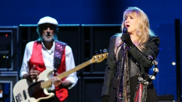 Article image for Dancers at Fleetwood Mac spark conversation about segregation