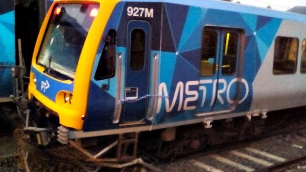 Article image for Vandals start, crash, derail Hurstbridge train