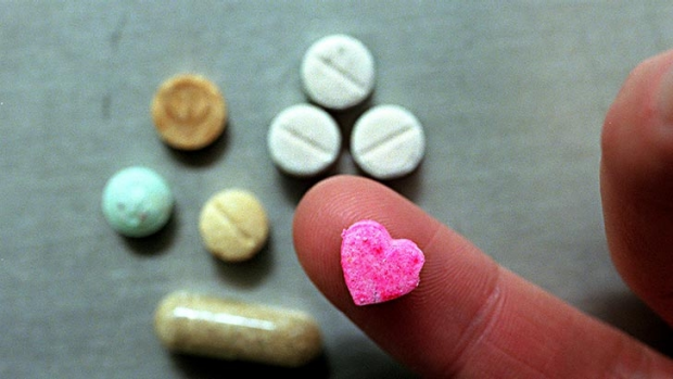 Article image for Unharm's Will Tregoning explains new party drug idea to Ross and John