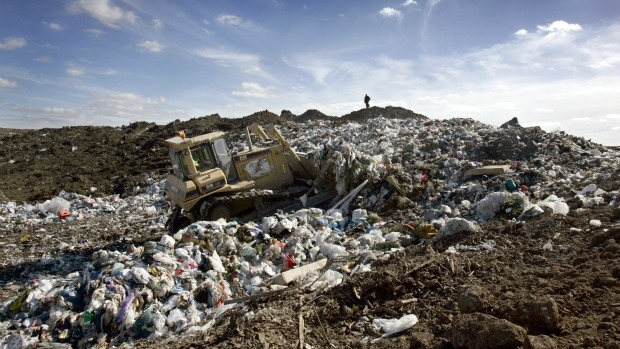 Article image for Western suburbs residents lash out at Western Landfill plan at Ravenhall