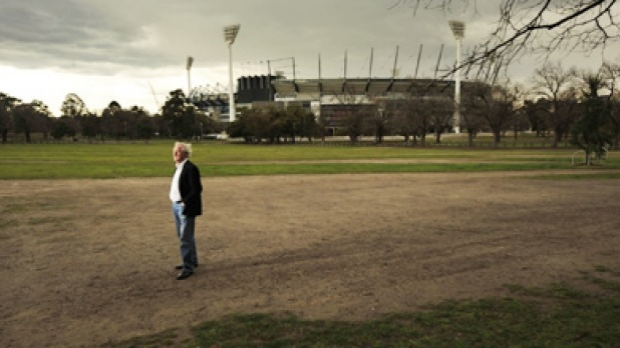 Article image for Forced stop for cars to make way for pedestrians at the MCG