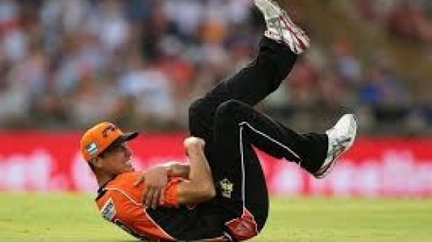 Article image for Victorian paceman Scott Boland called into Australian Test squad