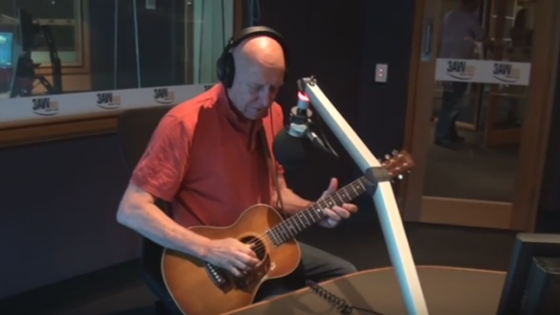Article image for Russell Morris live in studio