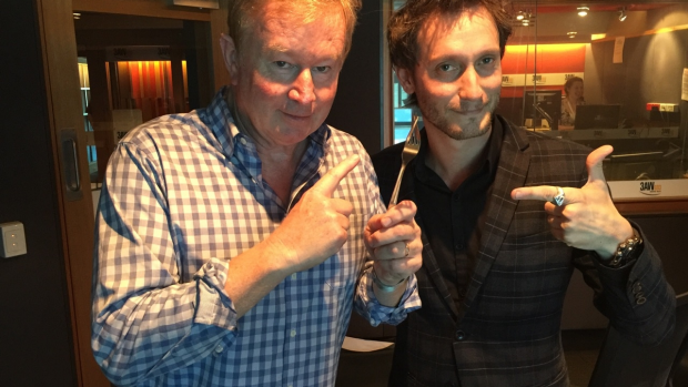 Article image for Mentalist Lior Suchard astounds Denis Walter with mind tricks