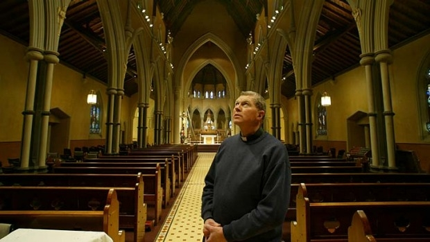 Article image for Churches open doors as refugee sanctuary