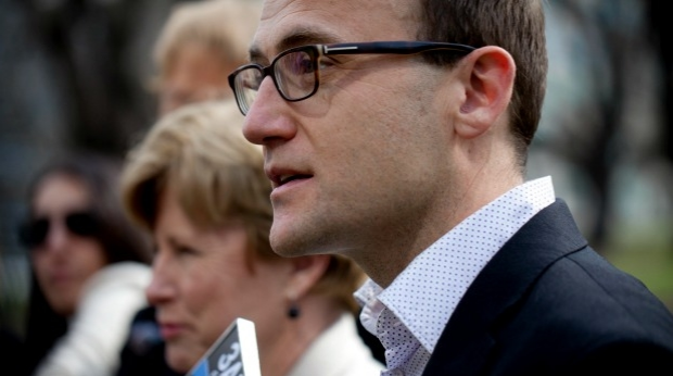 Article image for Adam Bandt backs push to slash controversial ATM fees