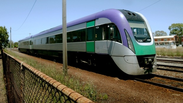 Article image for Tom Elliott grills V/Line CEO over wheels on defective trains