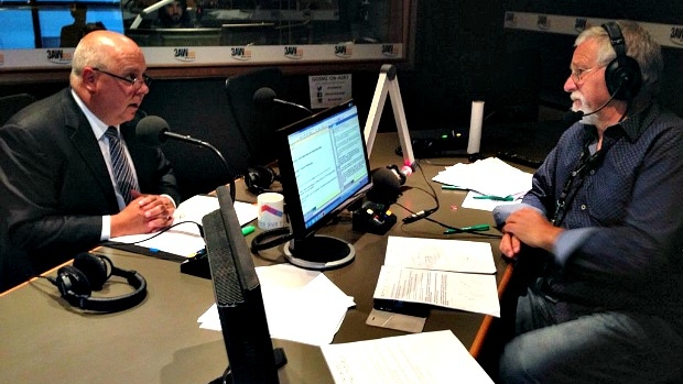 Article image for Full interview: Victorian treasurer Tim Pallas in the studio with Neil Mitchell