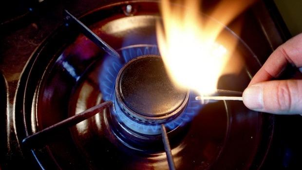 Article image for Tom Elliott grills Josh Frydenberg on 3AW Drive over Australian gas prices