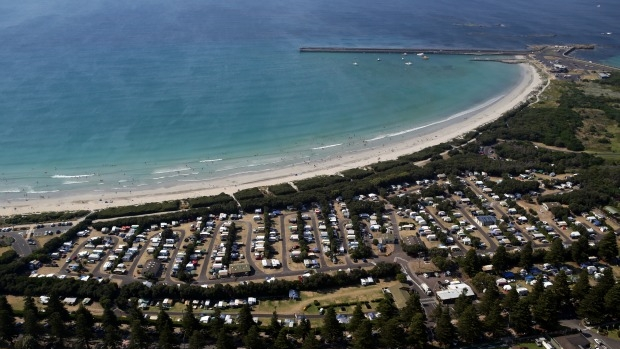 Article image for Warrnambool named the best seachange town in Victoria
