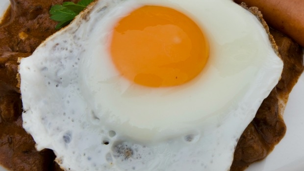 Article image for Melbourne needs to 'scramble the egg', says population expert